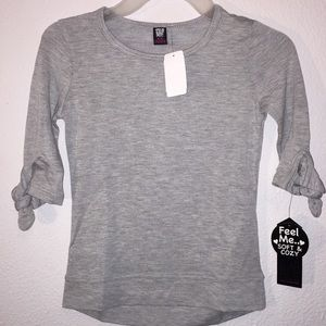 Girls Grey Half Sleeve Top with bows Small 4